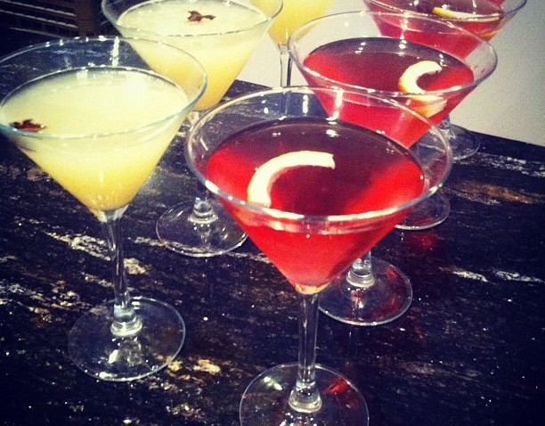 [chicagogram] cosmopolitans and pear-champagne martinis