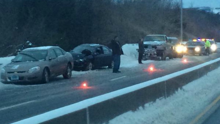 6 car crash on Route 72 in Plainville 1200