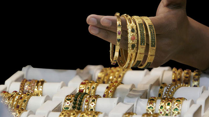 AP-gold-jewelry-2011