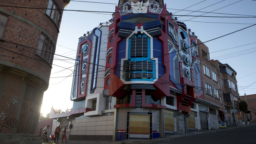 Bolivia Transformers Themed Houses