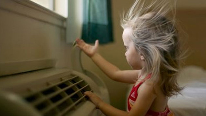 Air-Conditioning-Girl-Getty-722
