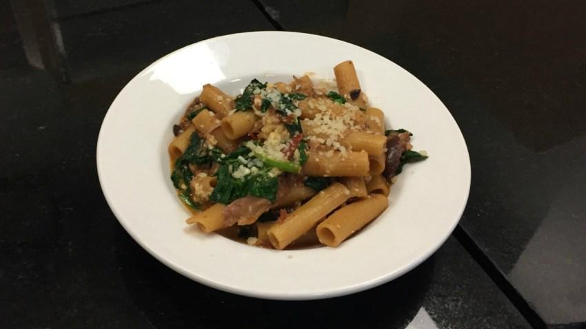 Chicken Spinach and Tomato Pasta