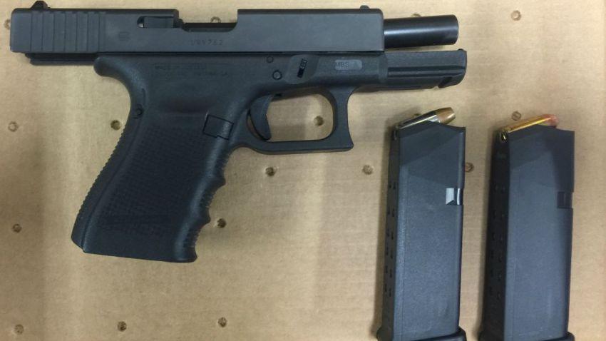 Christopher Hernandez gun 1200