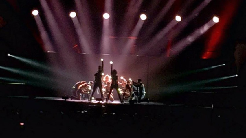 FULLSCREEN_concert