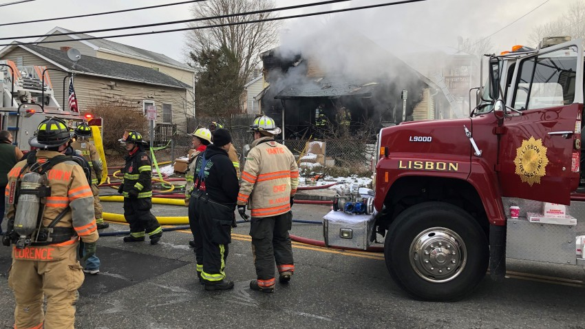 Firefighters respond to fire in Jewett City