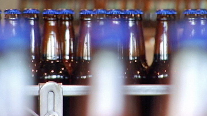 Generic_Beer_Victory_Beer_Generic_Beer_Bottles.jpg
