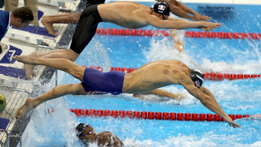 610210159MB00527_Swimming_O Phelps