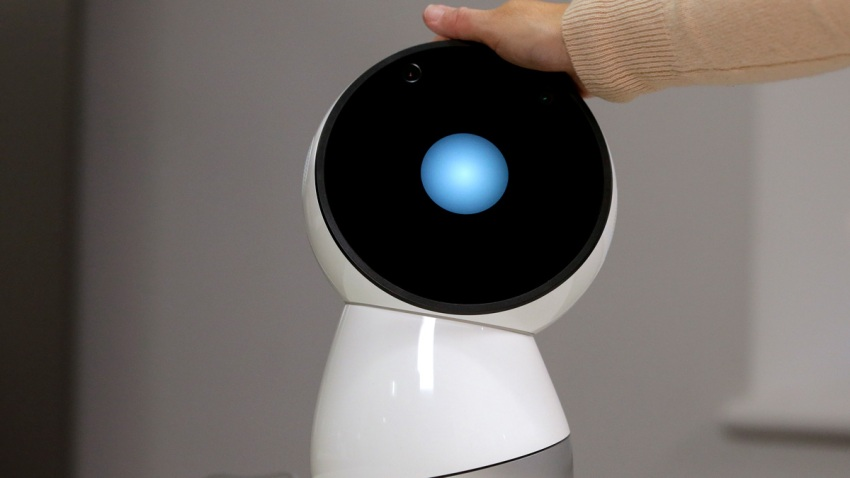 Robots Stirring Human Emotion