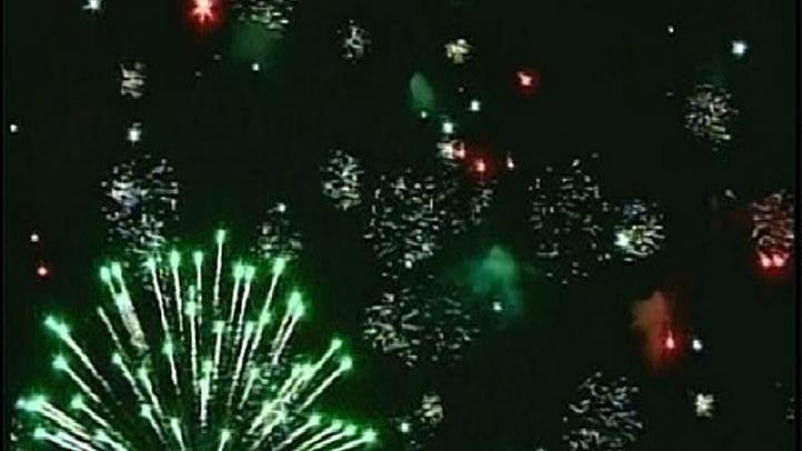 KNSD_La_Jolla_Fireworks_Show_Is_on_060311_83_mezzn_722x406_1968107474.jpg