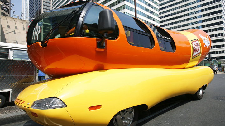 Oscar Mayer Wienermobile Food Truck