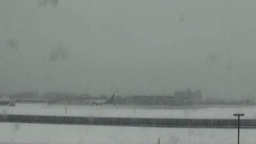 Snow at Bradley Airport