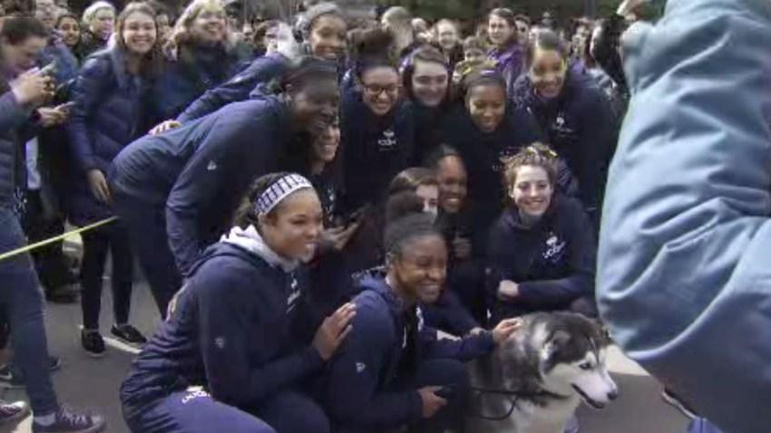 UConn women Final Four sendoff 2018