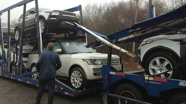 car carrier crash_722