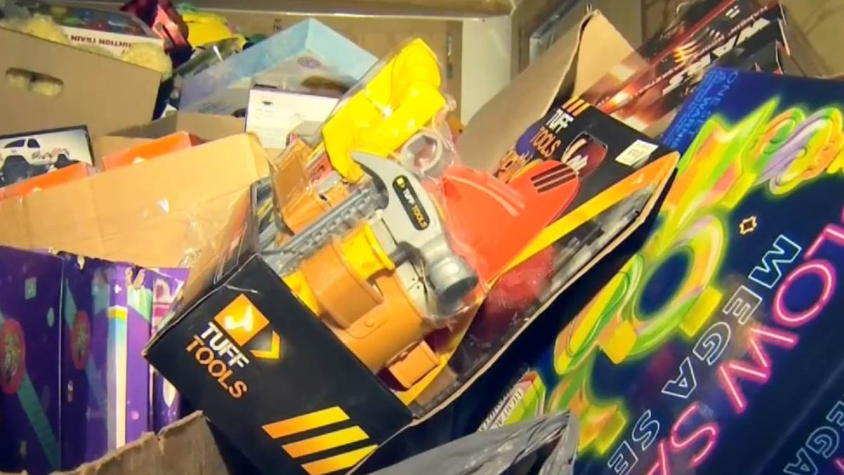 Clinton Police Desperately Need More Toy Donations