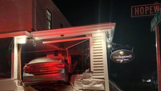 Car crashes into Two Hopewell restaurant in Glastonbury