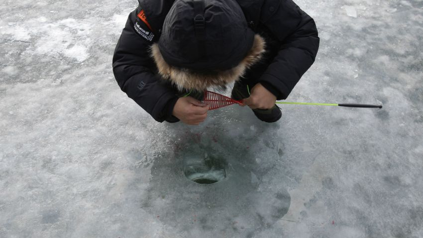 ice fishing generic1