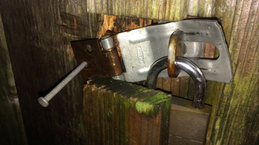 milford-shed-lock
