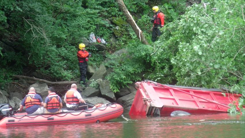 new milford dump truck crash 061119