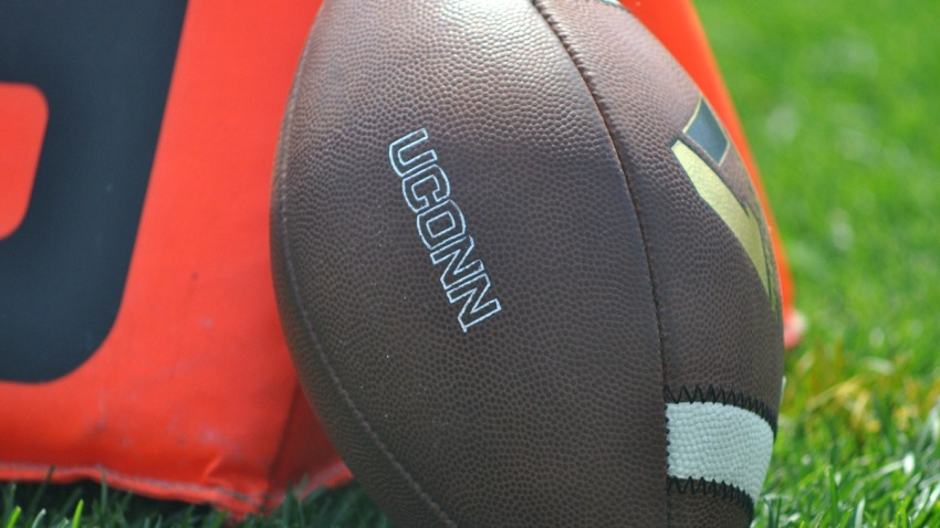 uconn generic football