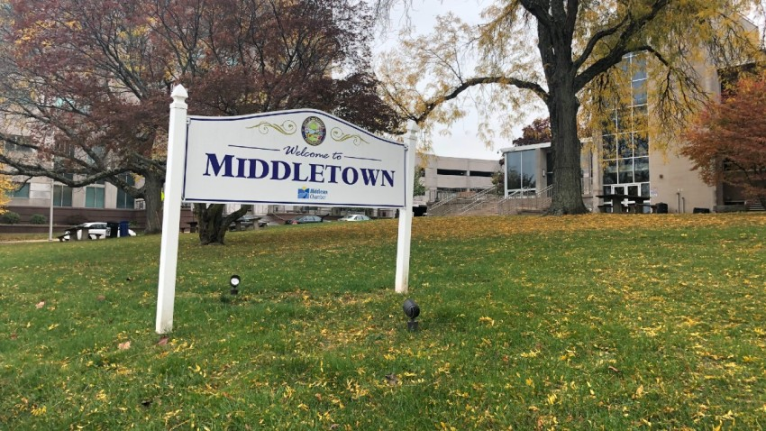 a welcome to Middletown sign