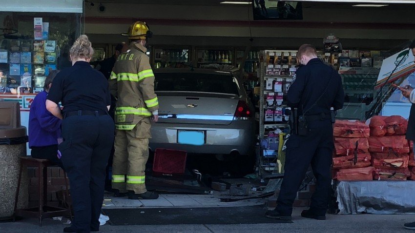 car inside seven eleven in south windsor