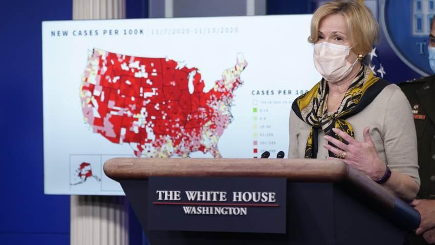 La doctora Deborah Birx en una conferencia de prensa de noviembre de 2020.