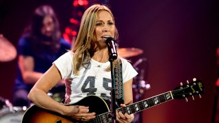 BURBANK, CALIFORNIA - DECEMBER 02: Sheryl Crow performs onstage during iHeartRadio LIVE With Sheryl Crow at iHeartRadio Theater on December 02, 2019 in Burbank, California.