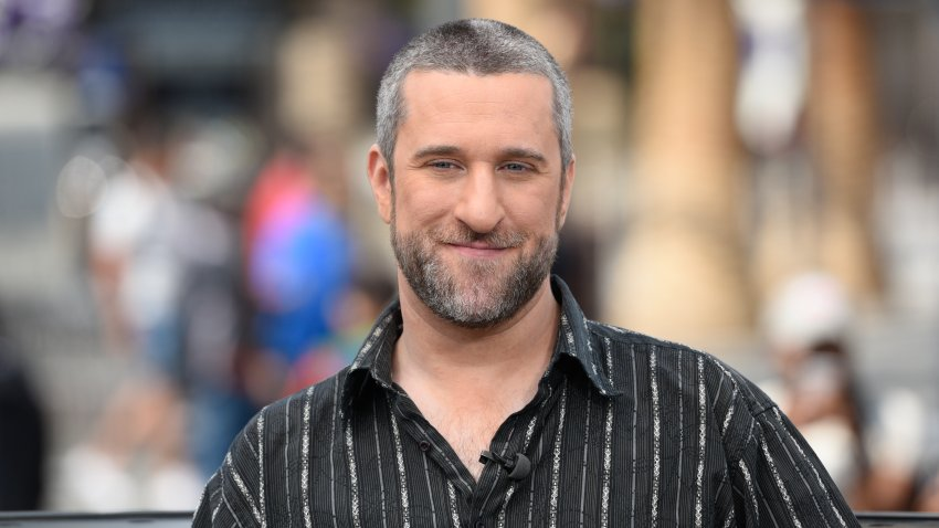 "Dustin Diamond visits ""Extra"" at Universal Studios Hollywood"