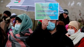 Protests Continue Over a Planned Region Law in France
