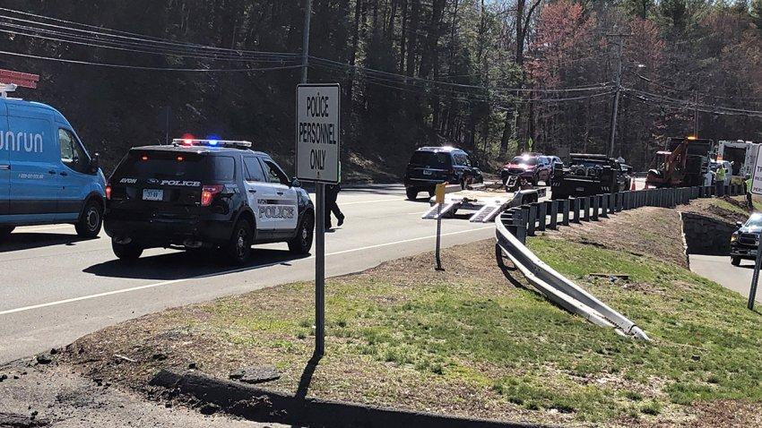Gas leak on Route 44 in Avon
