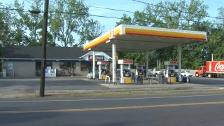 Shell gas station at 404 Hartford Road in Manchester