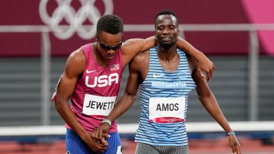 Jewett and Amos Show Class in Face of Disappointment, Finish 800m