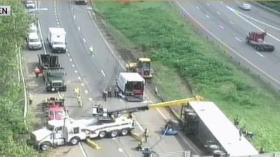 2 Tractor-Trailer Incidents Close Lanes of I-91 South in Meriden