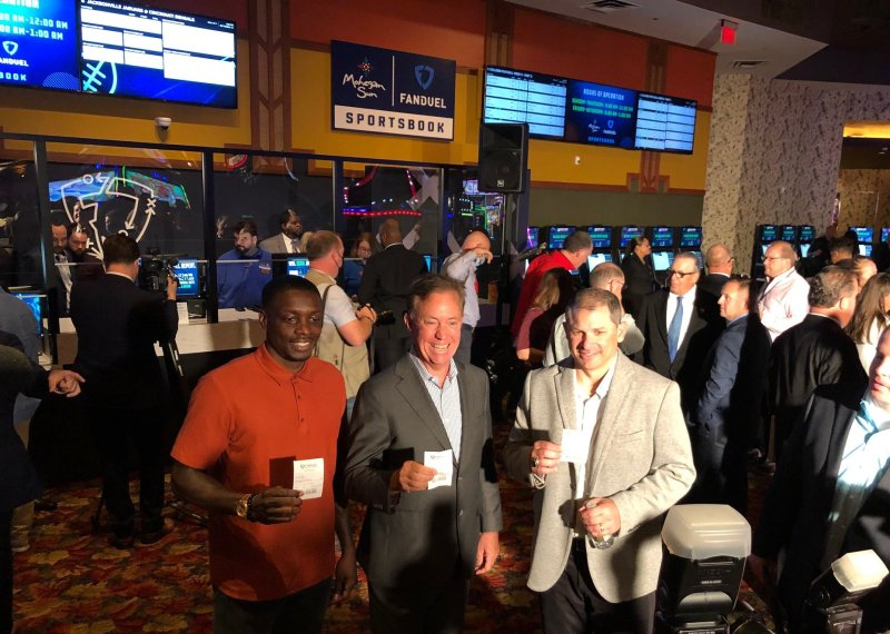 Photos: Sports Betting Begins in Connecticut