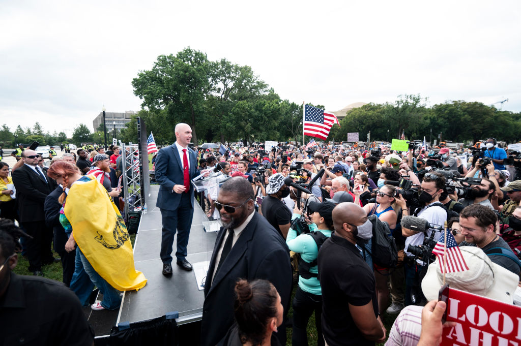 Crowd Rallies in DC to Support Insurrectionists; 1 Arrested – NBC Connecticut