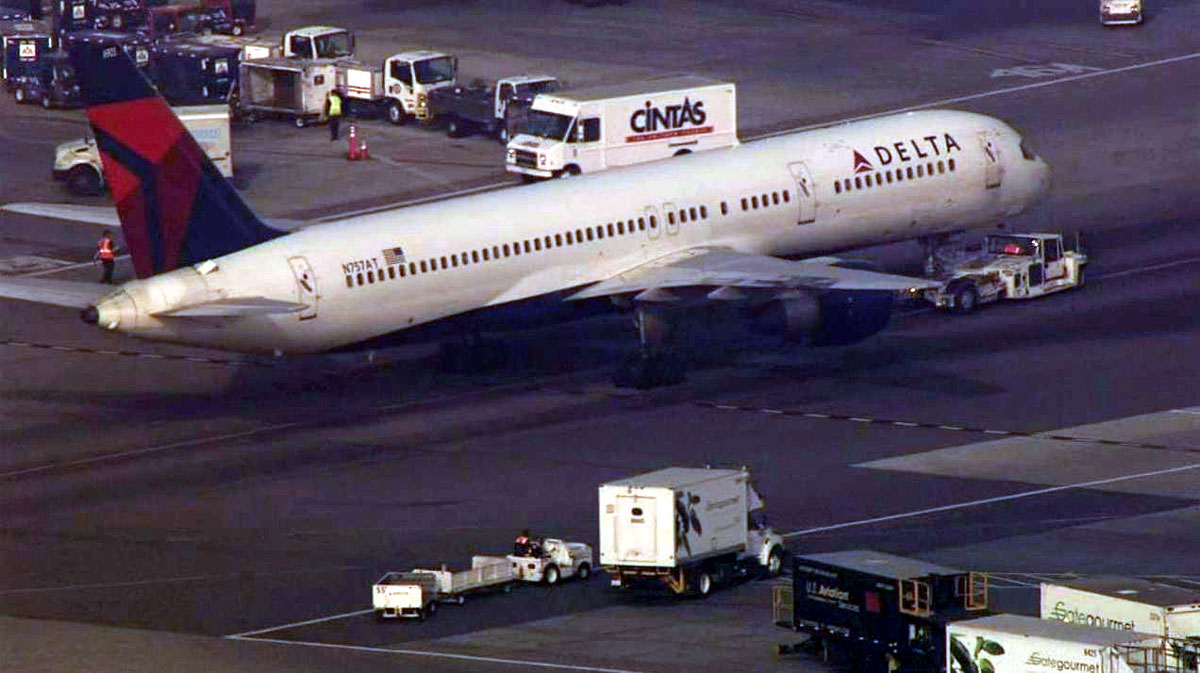 A Delta flight returned to Los Angeles International Airport Tuesday Jan. 13, 2015 after reporting mechanical problems en route to Minneapolis.