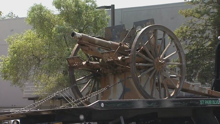 Police have recovered a WWI-era cannon that was stolen in Richmond. (May 12, 2016)