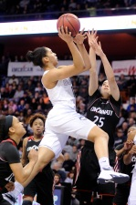 UConn Women Cruise Past Cincinnati for AAC Quarterfinals Victory