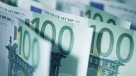 Romanian Man Returns Cash Worth $107K Found in Cupboard