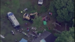 Central Florida Horse From Septic Tank by Rescue Workers