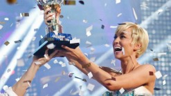 Kellie Pickler Crowned