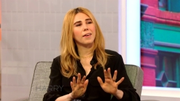 Zosia Mamet Talks to Harry About Secretly Dating Her Husband