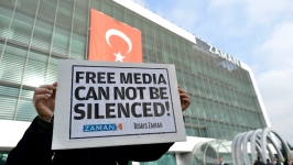 Turkish Official: 2 Vice News Journalists Freed From Jail