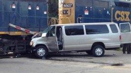 1 Killed, 9 Hurt as Bible School Van Rams Train in Ohio