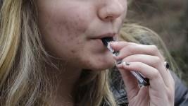2 Million US Teens Are Vaping Marijuana, Survey Finds