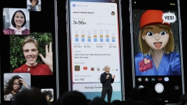 Apple, Google Roll Out New Screen Time Controls for Adults and Kids