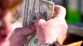 Most People Don't Know These Ridiculously Simple Money Moves