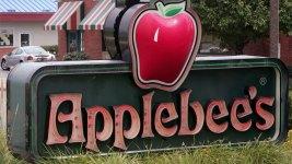 Man Can't Sue Applebee's Over Burns He Got Praying Over Fajitas