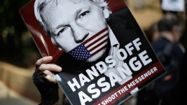 Press Advocates Sound Alarm Over New Assange Charges