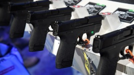 Governors Skeptical of Congress, But Welcome New Gun Debate